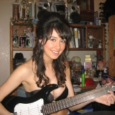 sexy-guitar-player-33