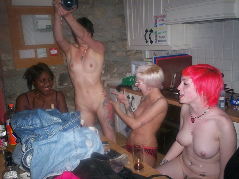Punk naked party — photo 5