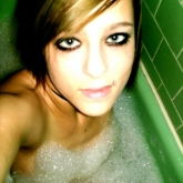 time-for-a-sexy-bath-46